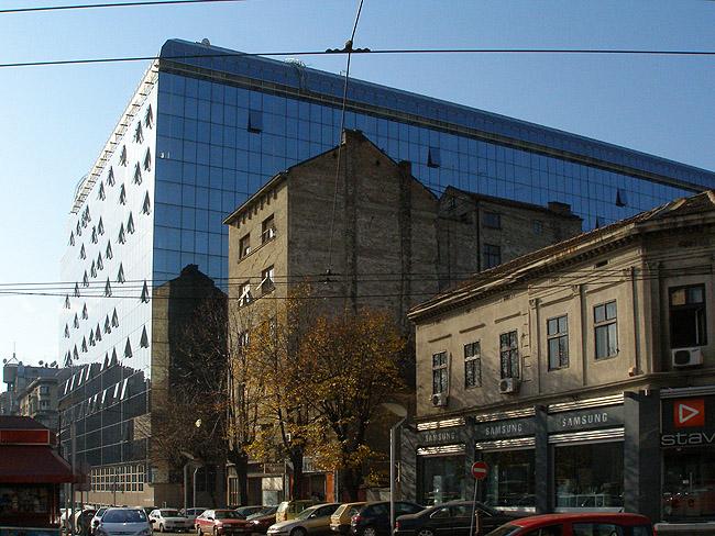 Площадь Славия. Несколько архитектурных поколений в одном флаконе