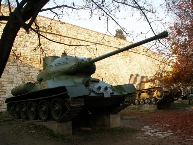 Танк ИС-2
