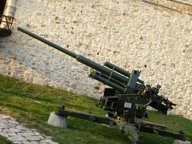 Немецкая зенитная пушка
