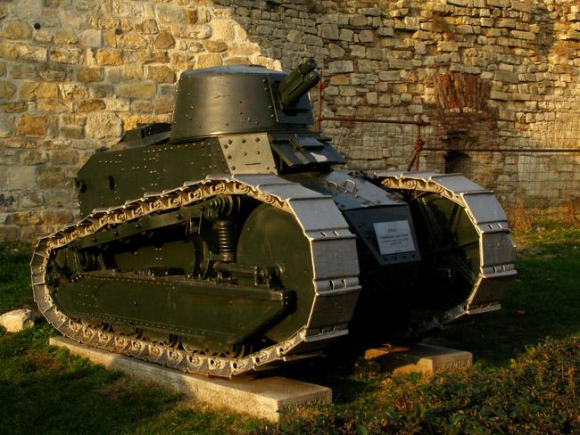Французский легкий танк FT-17