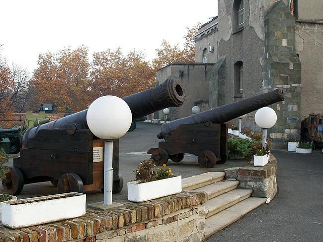 Старые французские пушки 160мм