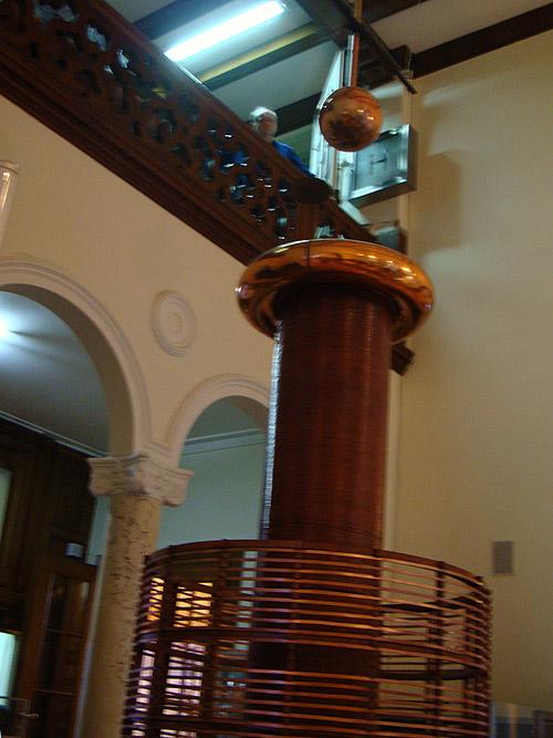Музей Теслы. Катушка индуктивности