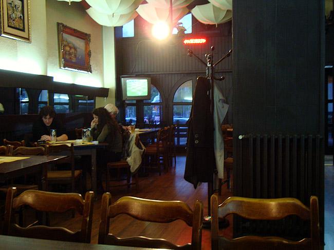 """&Ресторан quot;Зона Замфирова"""". Первый зал"""