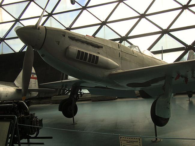 Музей авиации в Белграде. Югославский самолет IKARUS S-49C (на вооружении Югославской армии — 1952—1961)