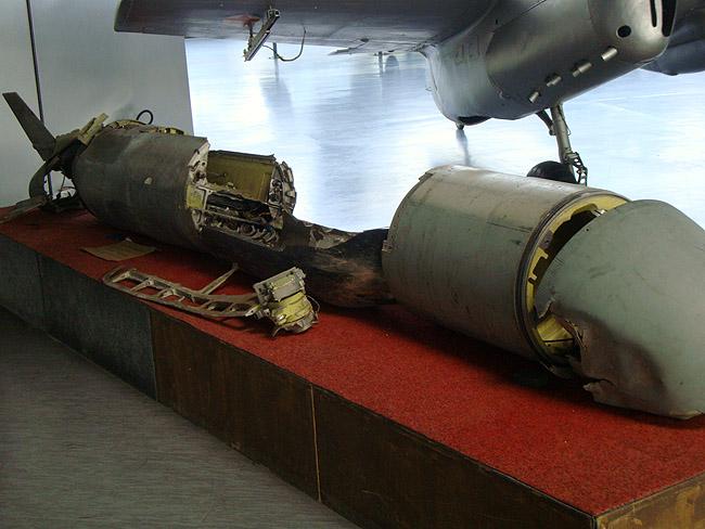 Музей авиации в Белграде. Останки ракеты Tomahawk BGM-109, сбитой в марте 1999