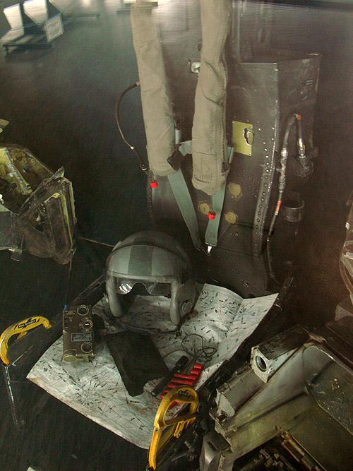 Музей авиации в Белграде. Сидение пилота F-117 Stealth, сбитого югославами в 1999