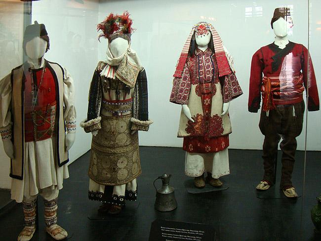 Музей этнографии в Белграде. Сербские и македонские национальные костюмы конца XIX века
