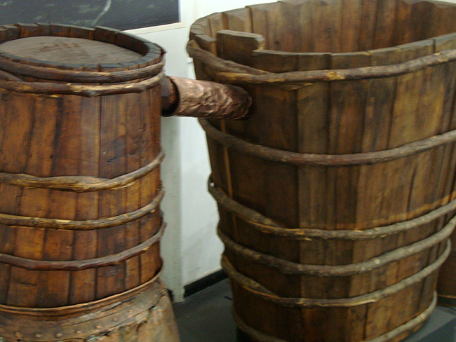 Музей этнографии в Белграде. Приспособление для варения ракии. Аналог самогонного аппарата