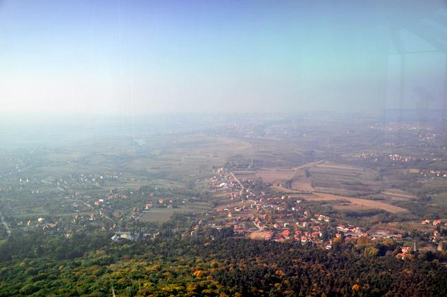 """Башня """"Авала"""". Вид с башни в сторону южной окраины Белграда"""