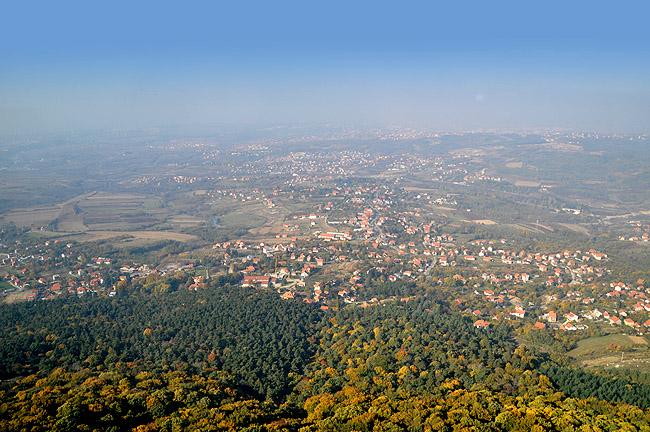 """Башня """"Авала"""". Вид с башни в сторону центра Белграда"""