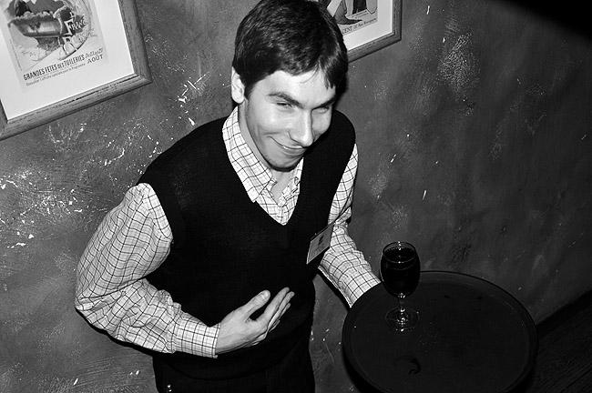 Rock'n'Roll вечер в Le Petit Bar. Официант Петар