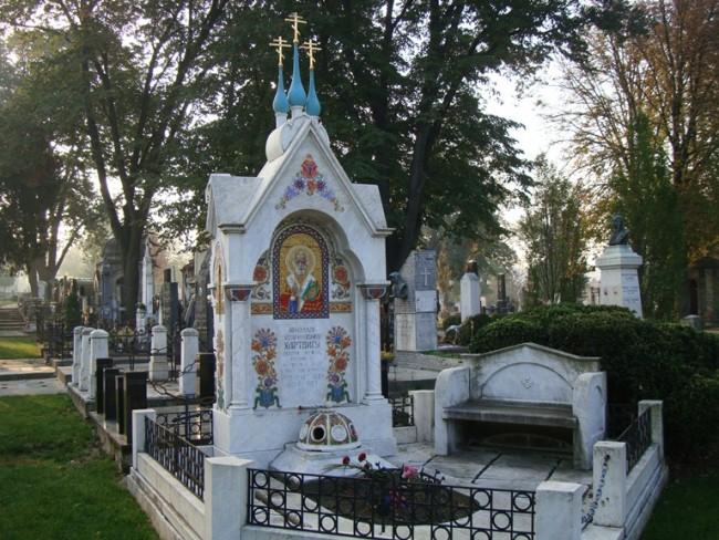 Могила Николая Генриховича Гартвига, российского дипломата, на Новом Кладбище (Ново Гробле)