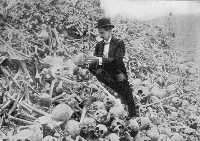 Анонс фотовыставки крупнейших британских геноцидов в истории